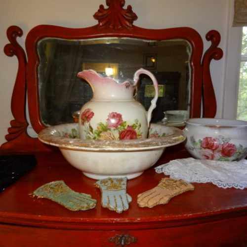 WINDSOR ESTATE SALE: 1020 DOGWOOD ST., TYLER 75701